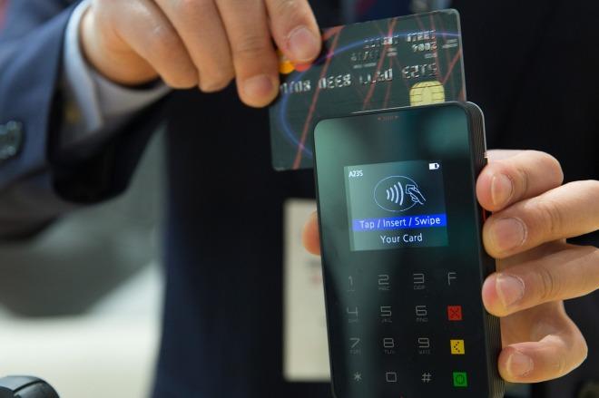 credit-card-1730085_1280